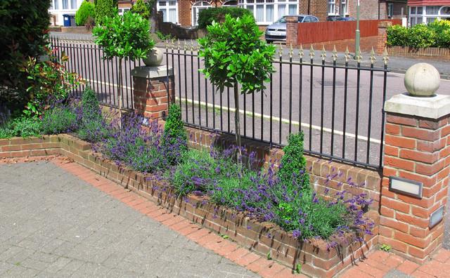 Front Garden Makeover - Traditional - Garden - London - by Fenton ...