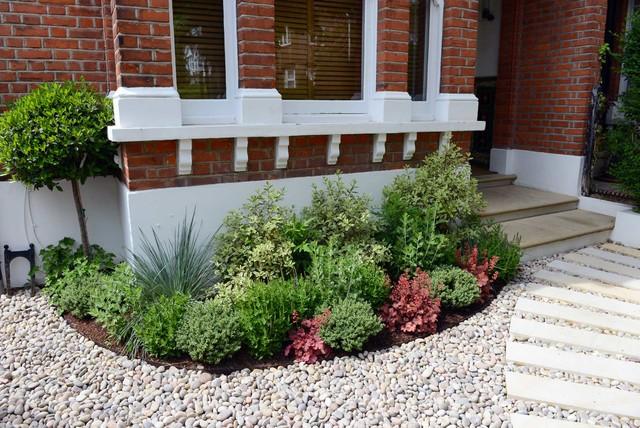 Kate Davidson Landscape Architecture Garden Design : Garden design calton avenue traditional landscape