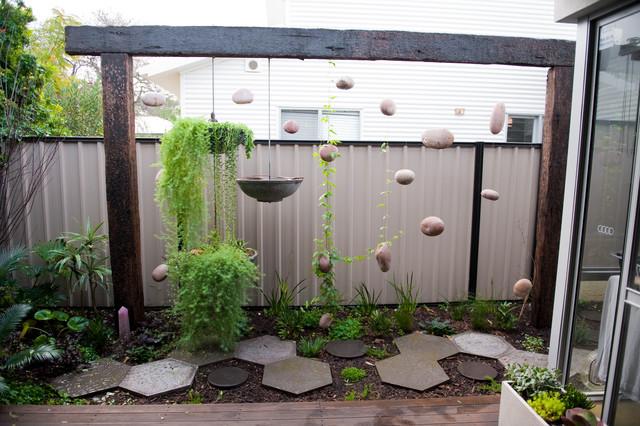 garden screens fremantle eclectic garden - Garden Design Perth