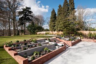 75 Beautiful Sloped Garden Ideas Designs March 2021 Houzz Uk