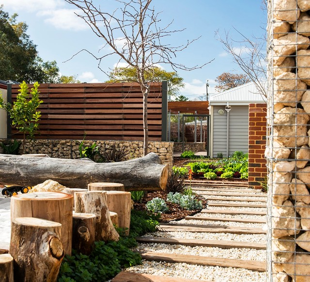 Josh 39 s house by josh byrne associates contemporary for Landscape architecture courses perth