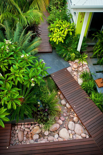 Karrinyup courtyards contemporary landscape perth for Courtyard landscaping perth