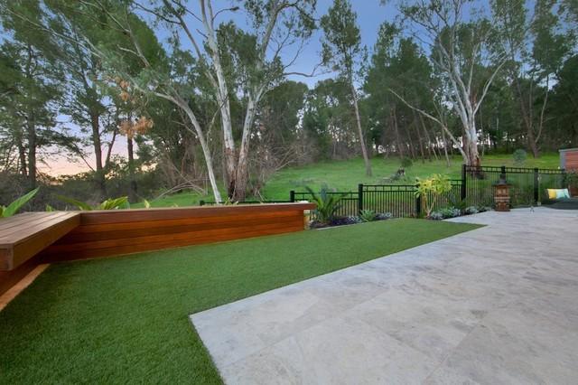 Landscape construction contemporary garden adelaide for Landscape contractors adelaide