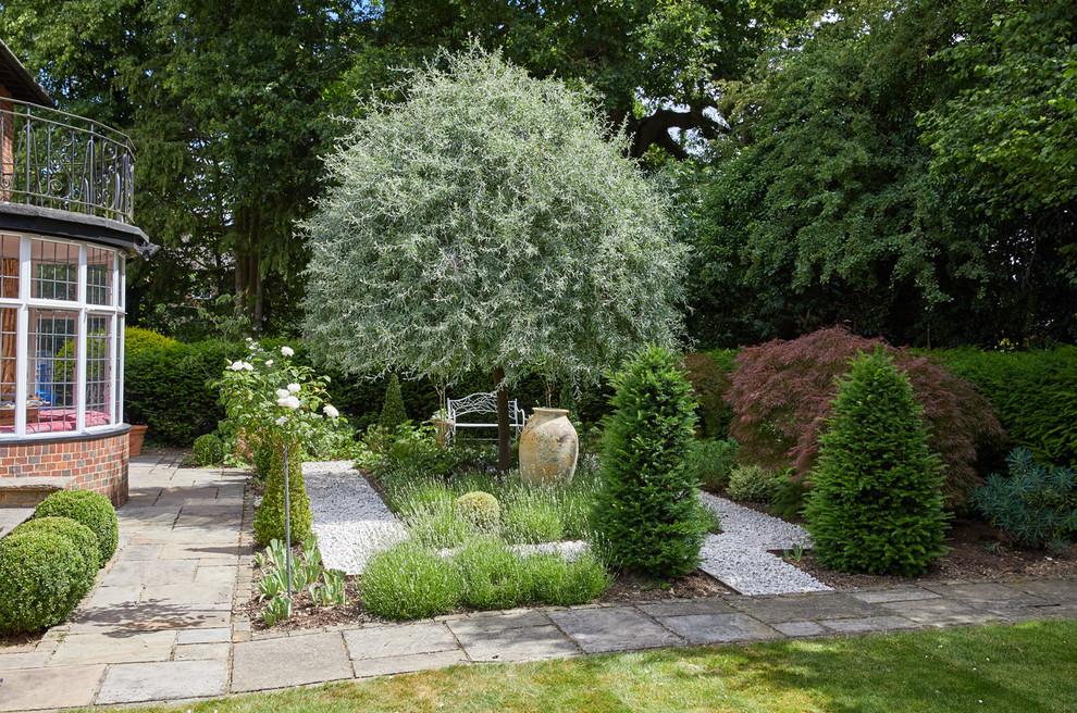 Large garden, Harpenden - Traditional - Landscape ...