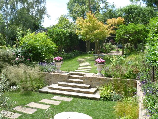 Large garden richmond upon thames for Garden design richmond