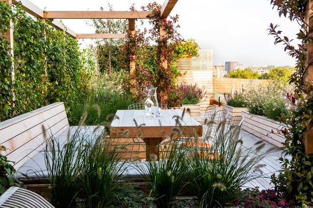 Großer Moderner Dachgarten mit direkter Sonneneinstrahlung in London