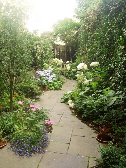 Motif Garden Design Edinburgh; linear garden 1