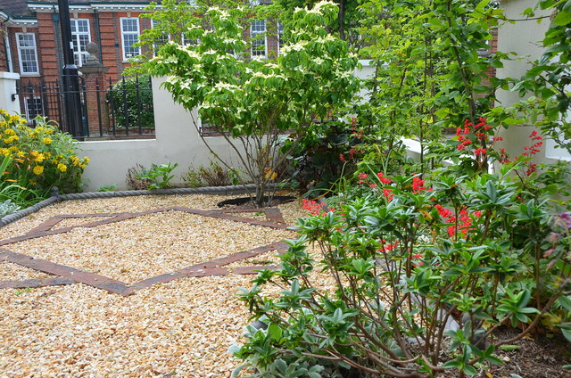 North east london victorian garden london by for Garden design east london