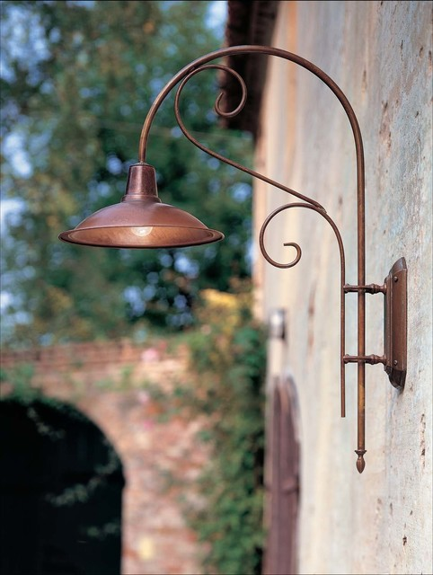 Outdoor Lighting Country Style