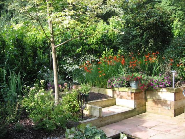 Philip And Annette Runacres Contemporary Garden