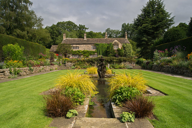 Landscape garden design west yorkshire for Garden design yorkshire