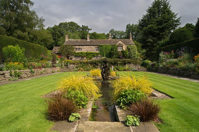 Landscape garden design west yorkshire for Garden design yorkshire