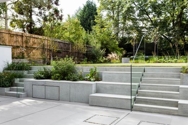 Ray of light house southwark garden steps for Modern garden stairs