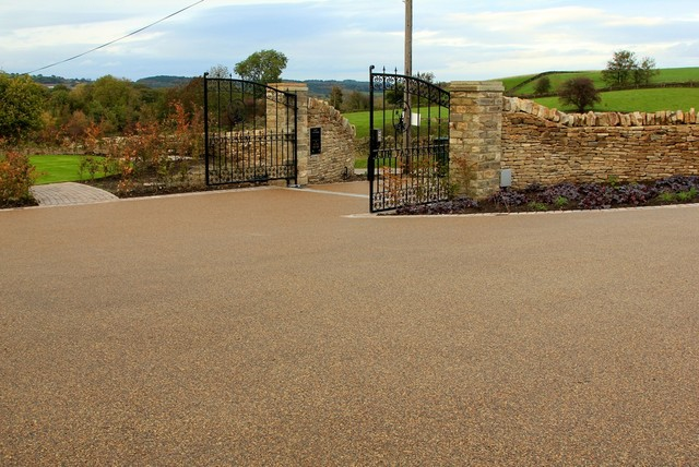 Resin Bound Driveway Install transitional-landscape