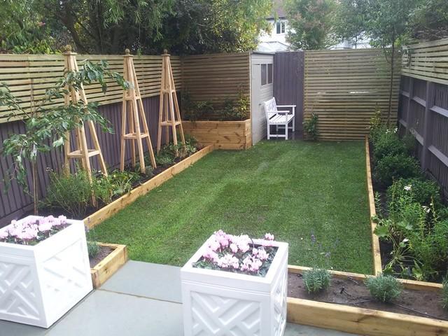 Rosie nottage garden design for Child friendly garden designs