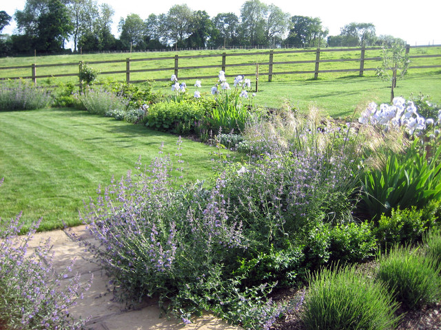 Rural garden hampshire for Rural landscape design