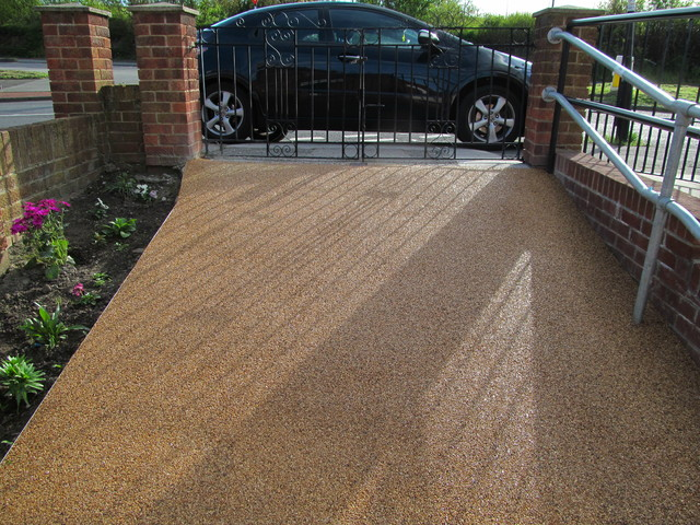Seamless Resin Flooring Driveways Paving Surfacing Gravel