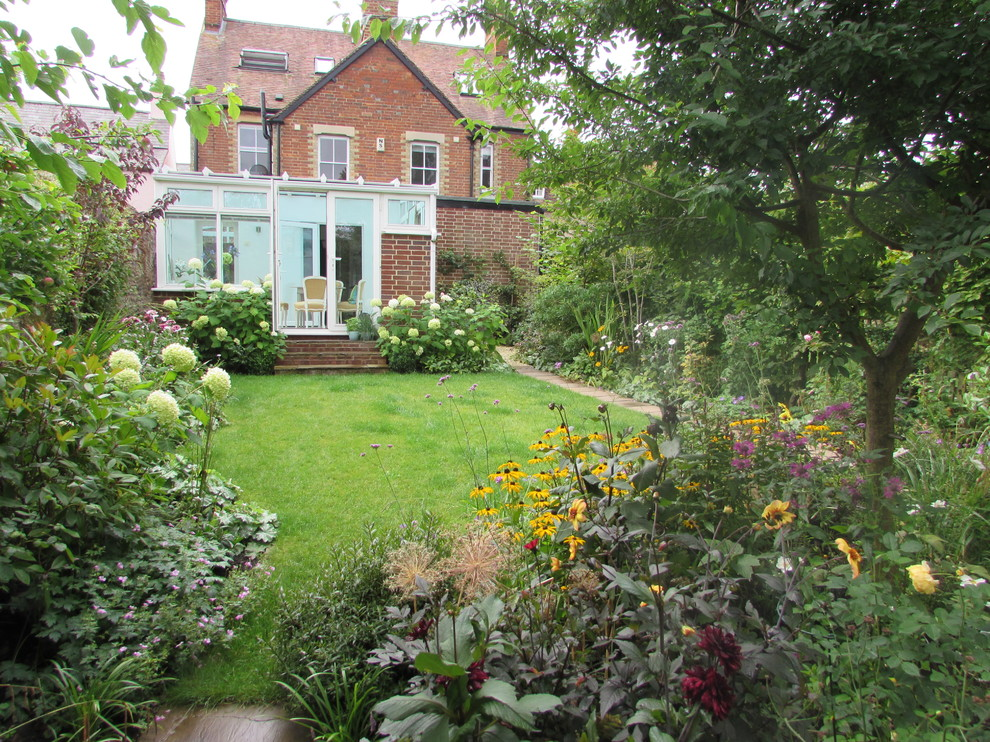 Small Town Garden in the heart of Oxford - Farmhouse ...