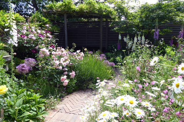 A Lush Cottage Garden In Small Urban, Back Yard Gardens