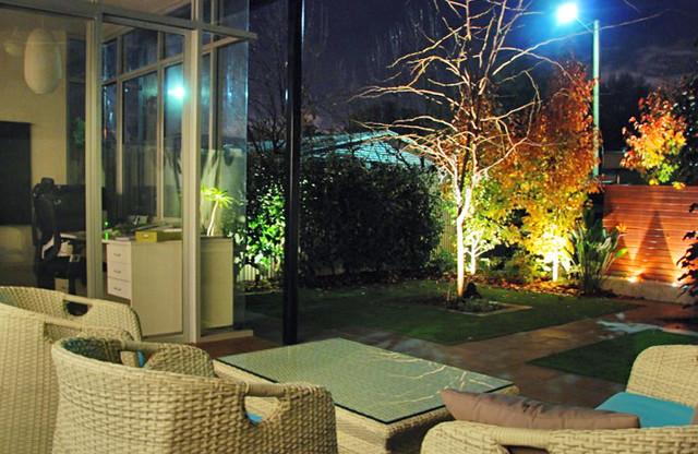 Stepney courtyard modern-landscape