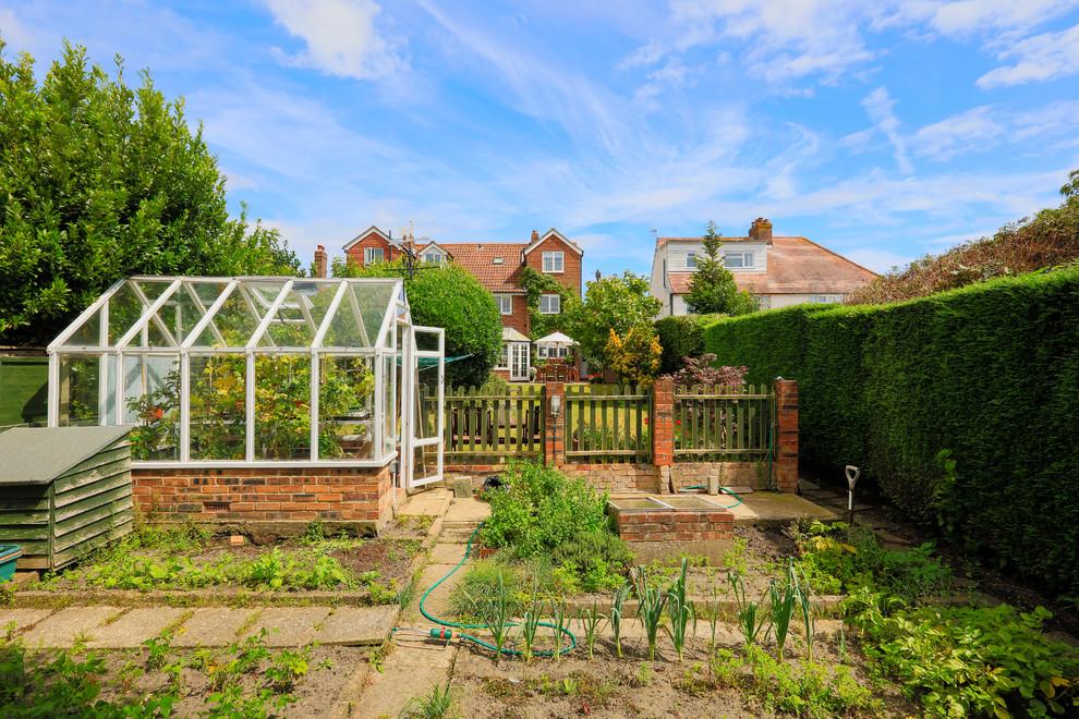 Three bedroom semi-detached in Folkestone, Kent ...