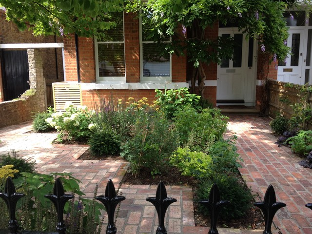 11 Design Ideas For Small Front Gardens Houzz Uk