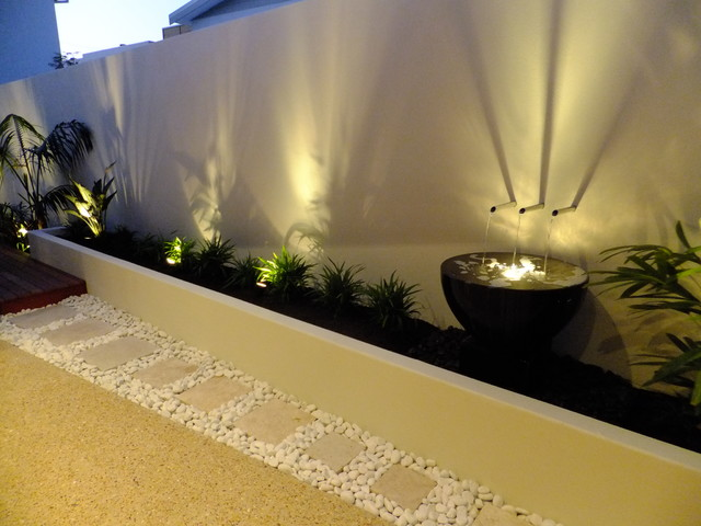 Tropical modern small spaces Tropical Landscape Perth by
