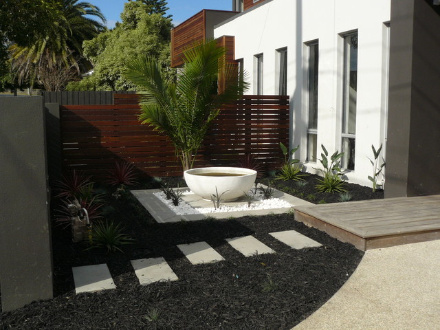 Tropical paradise tropical garden other metro by for Tropical front garden designs