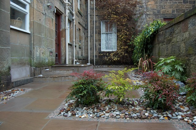 Urban courtyard traditional landscape glasgow by for Garden design glasgow