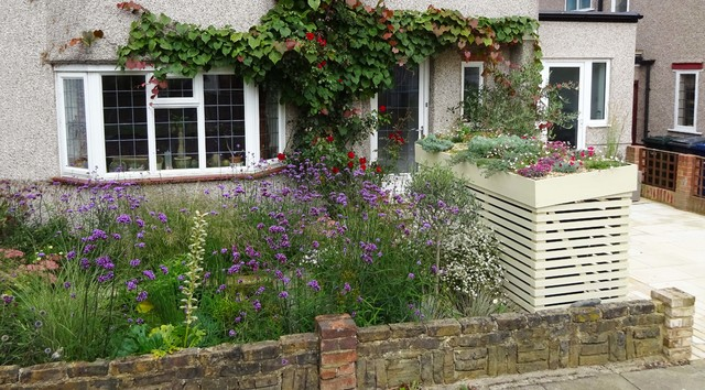 wildlife friendly front garden traditional garden - Front Garden Ideas London