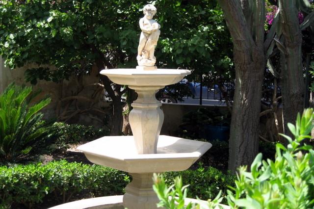 Fontane in pietra e marmo classico giardino catania - Fontane in marmo da giardino ...