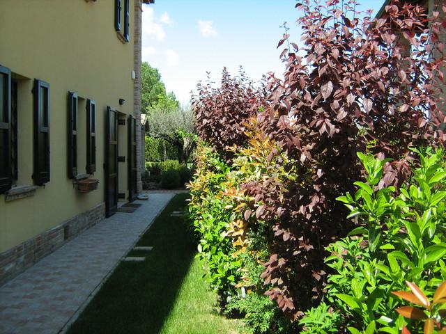 Giardini di campagna awesome my latest stencil for hotel restaurant grani di pepe in flaibano - Giardino di campagna ...