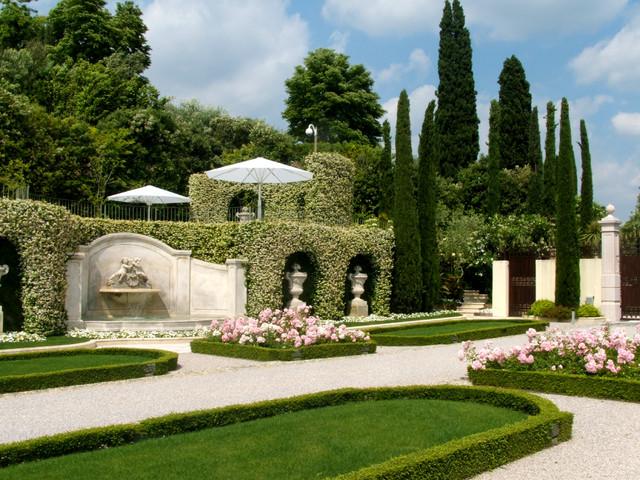 Giardino in villa privata - Giardini bellissimi ...