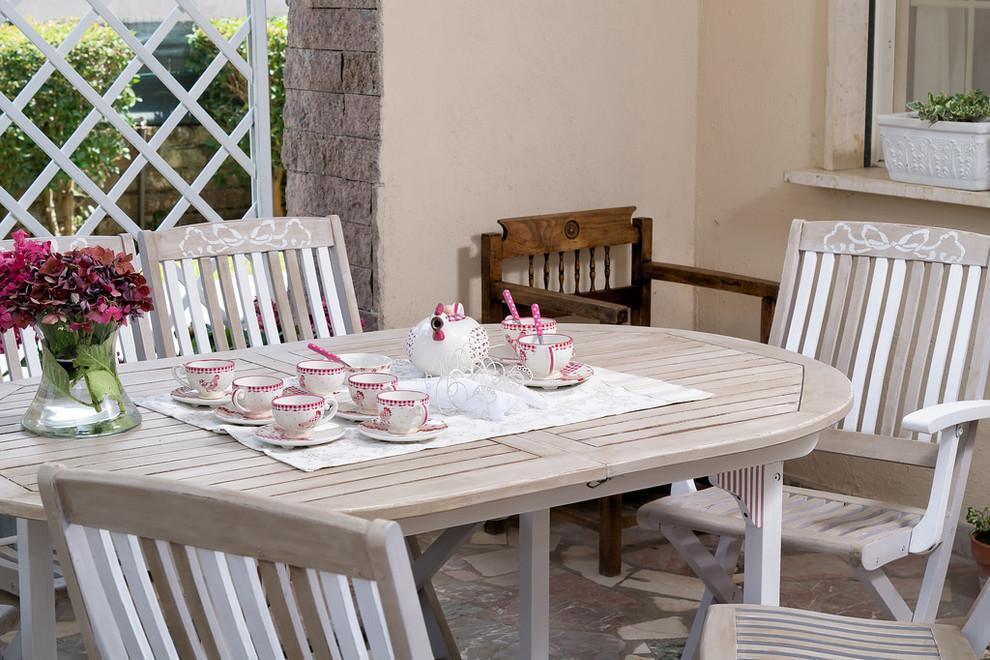 Tavolo e sedie da giardino shabby chic - Shabby-chic Style ...
