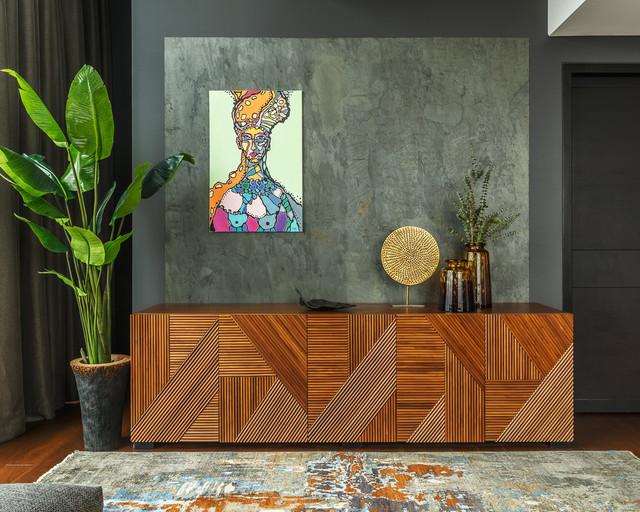 Ispirazione per un soggiorno contemporaneo di medie dimensioni e aperto con libreria, pareti grigie, pavimento in legno massello medio, nessun camino, nessuna TV e pavimento marrone