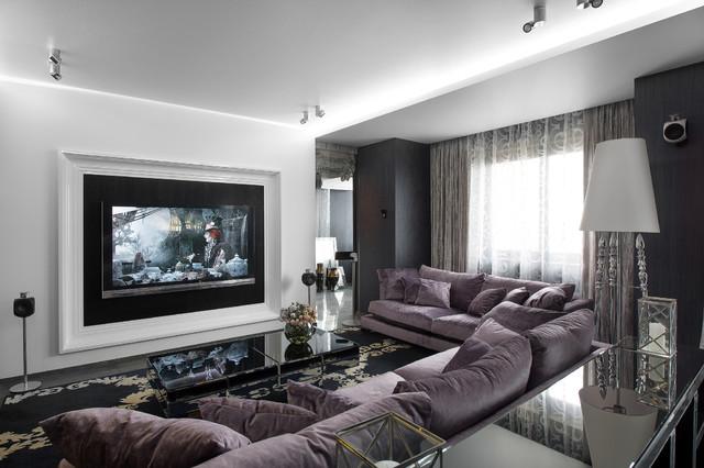 Esempio di un soggiorno minimal aperto con sala formale, pareti bianche, moquette e TV a parete