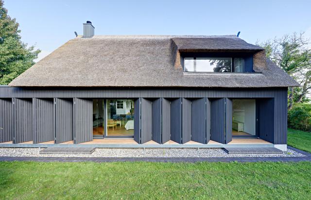 anbau cham leon modern haus fassade berlin von m hring architekten. Black Bedroom Furniture Sets. Home Design Ideas