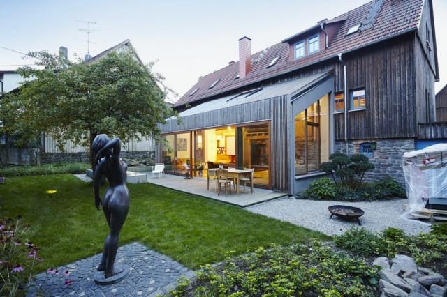 Anbau landhaus vogelsberg for Haus anbau modern