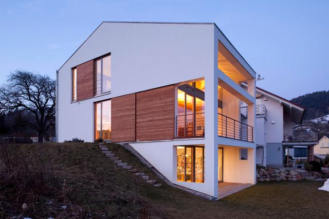Blick aus dem garten for Wohnhaus modern