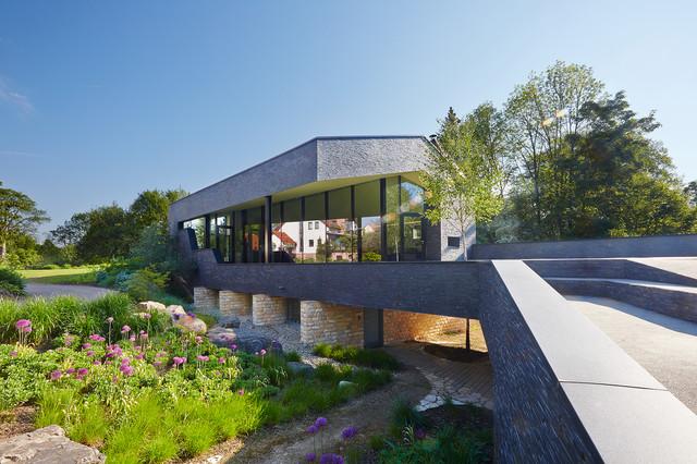 einfamilienhaus in lichtenstein modern h user berlin von scarchitekten. Black Bedroom Furniture Sets. Home Design Ideas