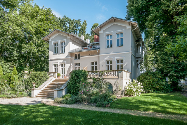 Fabrikantenvilla Am Wasser   Traditional   Exterior   Berlin   By  PrimePhoto   Architektur, Innendesign, Immobilien