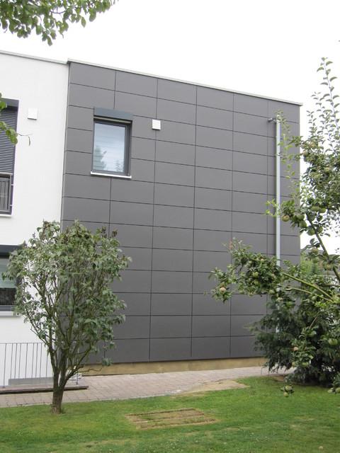 fassadenfl che mit eternit platten landhausstil haus fassade sonstige von. Black Bedroom Furniture Sets. Home Design Ideas