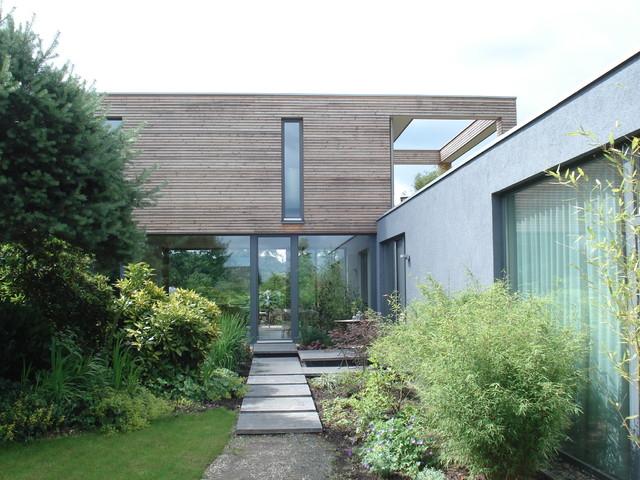 Filigranes Holzhaus Wohnen Und Arbeiten Unter Einem Dach Modern