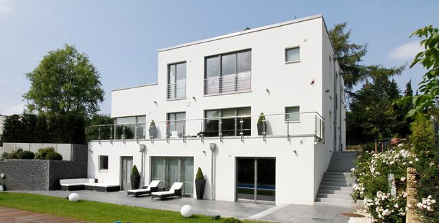 haus am hang minimalistisch h user hamburg von architekt vsm. Black Bedroom Furniture Sets. Home Design Ideas