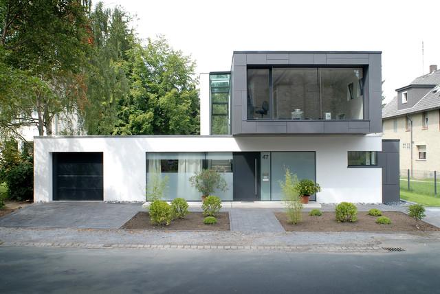 Haus b rger minimalistisch h user sonstige von for Haus minimalistisch