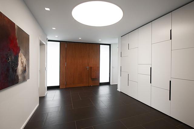 Villa K modern-eingang