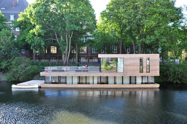 hausboot auf dem eilbekkanal in hamburg minimalistisch. Black Bedroom Furniture Sets. Home Design Ideas