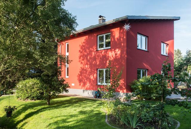 massivhaus berlin mit begr ntem schr gdach. Black Bedroom Furniture Sets. Home Design Ideas