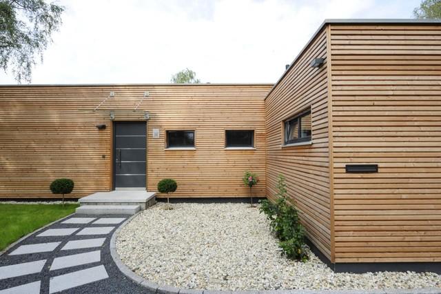 moderner bungalow modern haus fassade sonstige von bau fritz gmbh co kg. Black Bedroom Furniture Sets. Home Design Ideas