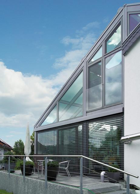 moderner zweist ckiger wintergarten contemporary. Black Bedroom Furniture Sets. Home Design Ideas
